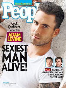 Adam Levine completa 37 anos.
