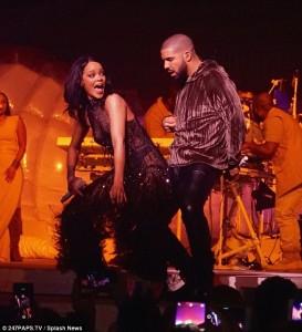 Drake faz aparição na nova turnê de Rihanna