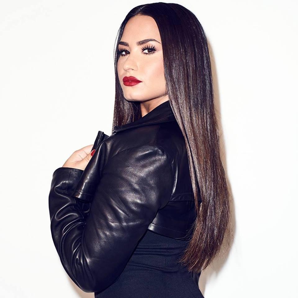 Demi Lovato virá ao Brasil para shows em estádios