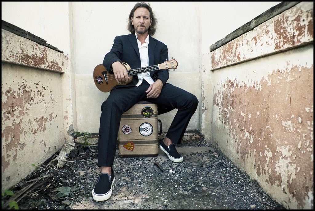 Eddie Vedder fará shows solo no Brasil