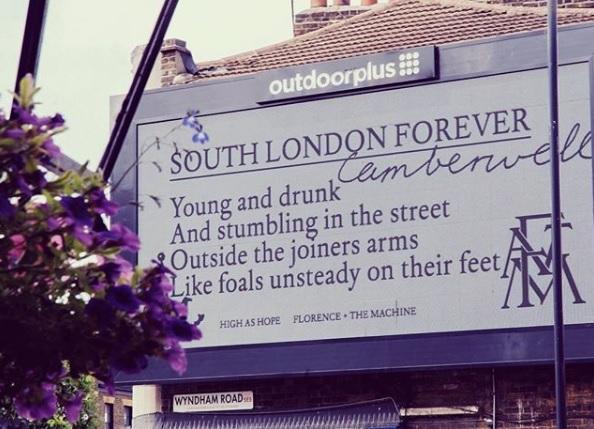 Florence and The Machine faz show surpresa e intimista em pub de Londres