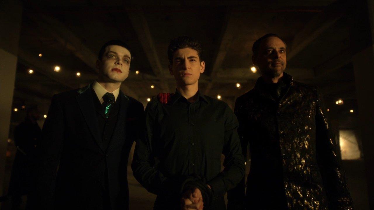 Última temporada de Gotham ganha data de estreia