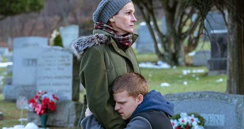 """Com Julia Roberts e Lucas Hedges, """"O Retorno de Ben"""" ganha trailer"""