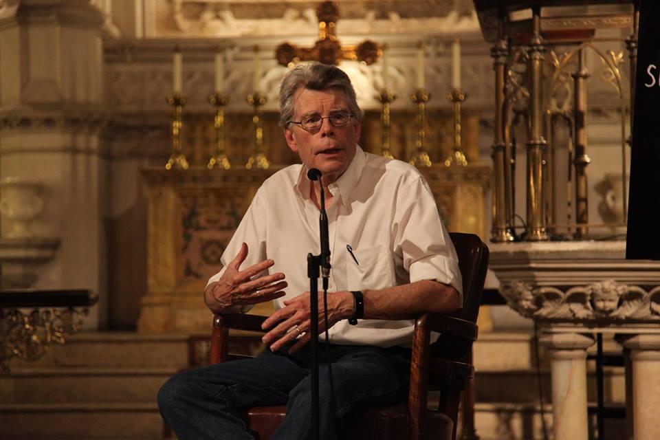 Stephen King anuncia novo livro; conheça The Institute