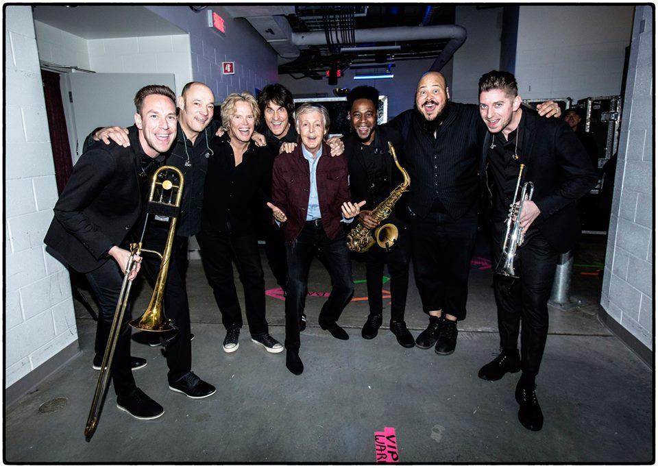 Exclusivo | Conheça o Hot City Horns, trio de metais que é novidade em turnê de Paul McCartney