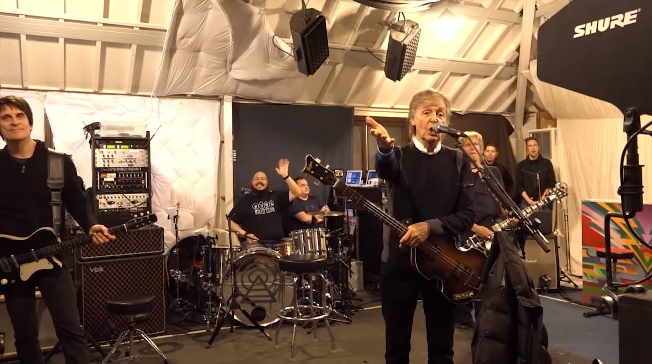Em vídeos, Paul McCartney convida fãs brasileiros a shows em São Paulo e Curitiba