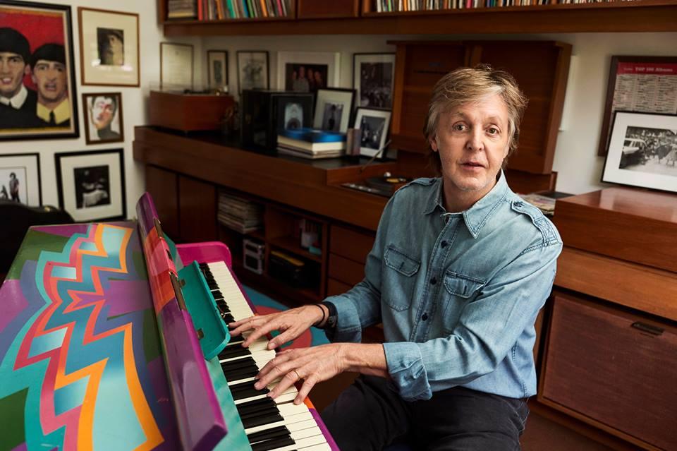 """Paul McCartney escreverá musical de """"A Felicidade não Se Compra"""""""